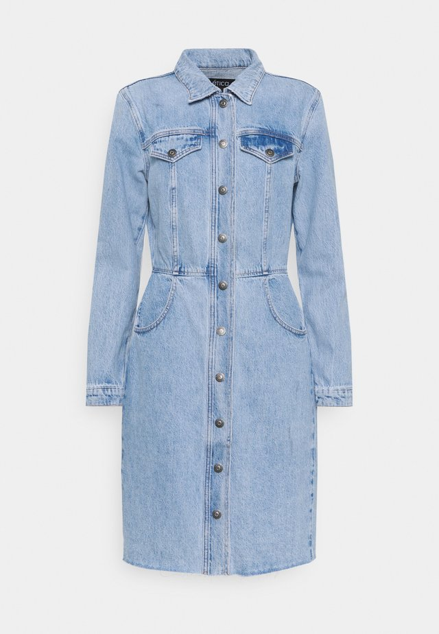 JORDYN - Denim dress - ice blue indigo