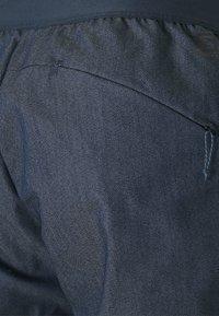 Salomon - WAYFARER TAPERED - Outdoorové kalhoty - mood indigo - 2