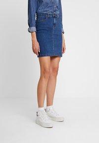 Zalando Essentials - DENIM SKIRT PENCIL - A-line skirt - blue denim - 0