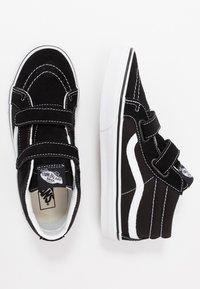 Vans - SK8 MID - Vysoké tenisky - black/true white - 0