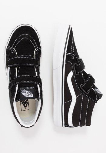 SK8 MID - Sneakers hoog - black/true white