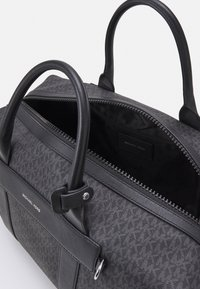 Michael Kors - DUFFLE UNISEX - Weekend bag - black - 2
