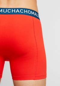 MUCHACHOMALO - OOIEV 3 PACK - Shorty - navy blue/red - 2