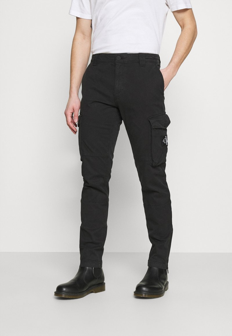 Calvin Klein Jeans - WASHED PANT - Cargo trousers - black