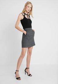GANT - DOGTOOTH SKIRT - A-line skirt - dark grey melange - 1