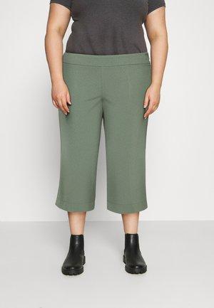 VMETHA CULOTTE PANT - Trousers - laurel wreath