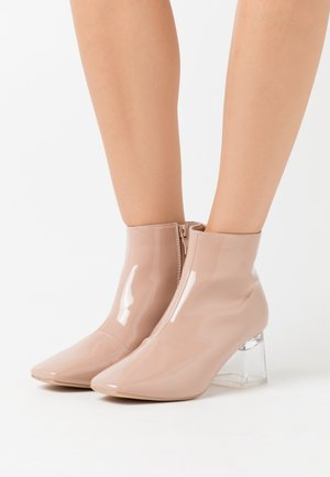 ELSIE - Ankle boots - nude