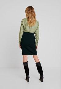 Anna Field - Pouzdrová sukně - dark green - 2
