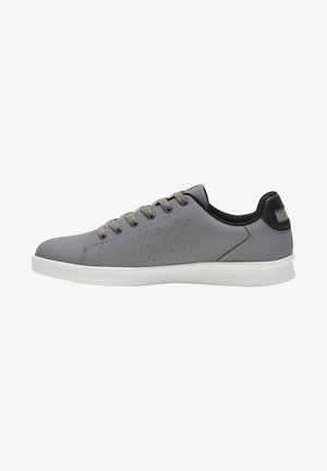 BUSAN - Sneakers laag - frost gray