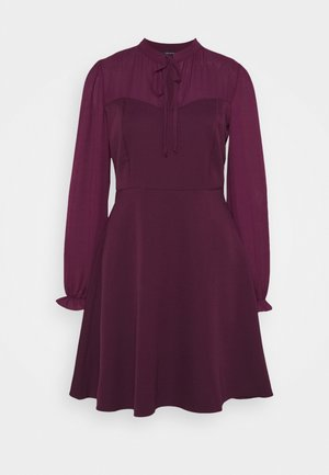 Day dress - plum
