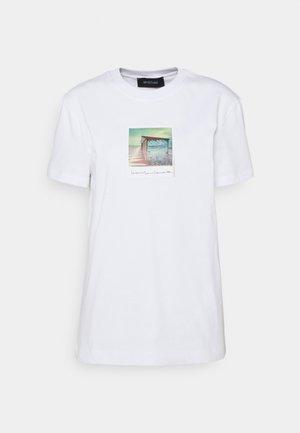 BULL - Print T-shirt - weiss