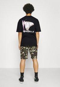 9N1M SENSE - SHANGRI LA BUTTERFLY UNISEX - Print T-shirt - black - 2