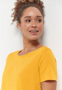 Next - Basic T-shirt - yellow - 2