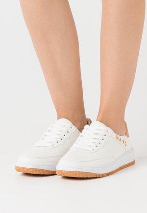 LOGO - Sneaker low - white