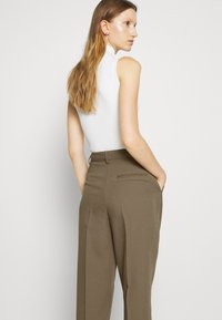 Bruuns Bazaar - PARI DAGNY - Trousers - earth brown - 4