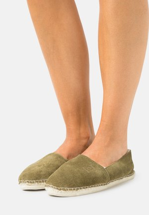 PANTOUFLE  - Slippers - olive
