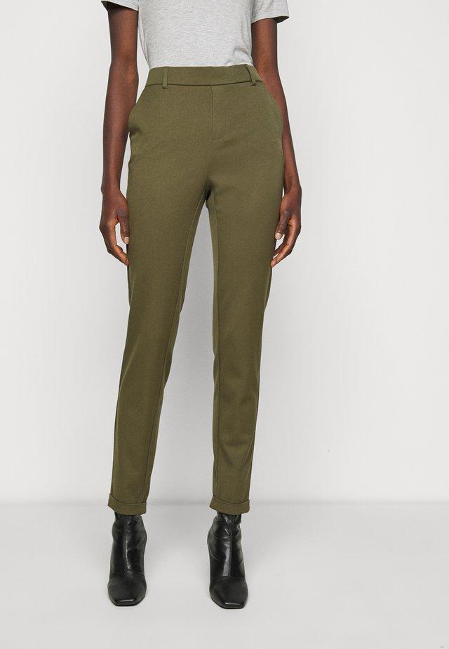 VMMAYA LOOSE SOLID PANT - Spodnie materiałowe - ivy green