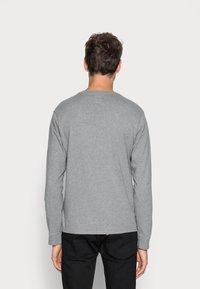 Levi's® - ORIGINAL TEE - Maglietta a manica lunga - grey heather - 2