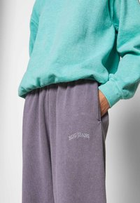 BDG Urban Outfitters - PANT - Tracksuit bottoms - lilac - 3