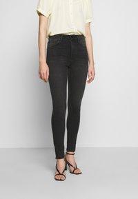 Joe's Jeans - THE CHARLIE ANKLE HAYWARD - Jeans Skinny Fit - black Denim - 0