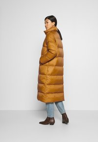 Part Two - EDLA - Down coat - bronze brown - 2