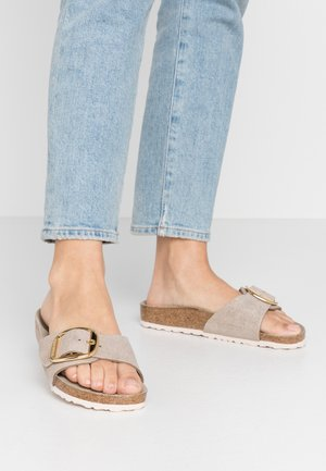 MADRID BIG BUCKLE - Slippers - washed metallic/rose gold
