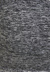 Cotton On Body - WORKOUT YOGA CROP - Sport BH - salt/pepper - 3