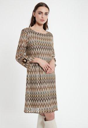 CIBEA - Gebreide jurk - braun