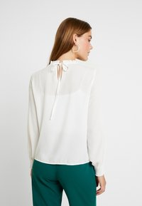 ONLY - ONLIDINA - Blouse - cloud dancer - 2