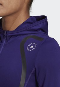 adidas by Stella McCartney - TRUEPACE HOODED LONG SLEEVE MIDLAYER TOP - Bluza z kapturem - purple - 3