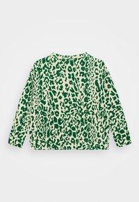 Molo - MIKA - Mikina - green leopard - 1