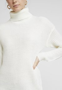 Missguided - ROLL NECK BASIC DRESS - Jumper dress - off white - 5