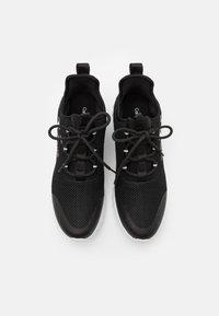 Calvin Klein Jeans - REILAND - Trainers - black - 3