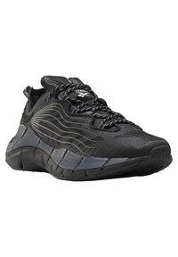 Reebok Classic - ZIG KINETICA II UNISEX - Sneakersy niskie - black/grey - 7