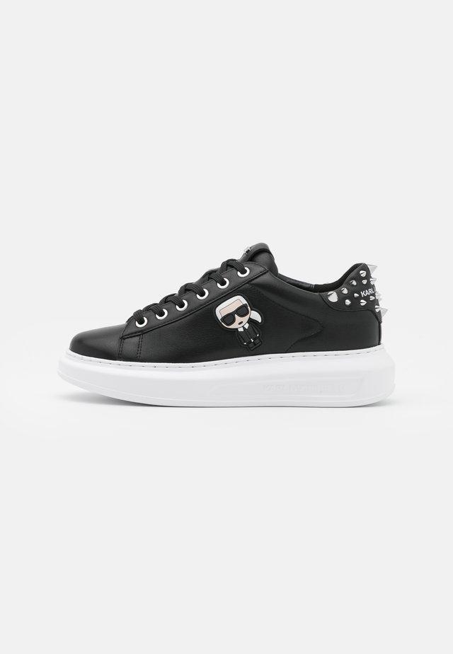 KAPRI IKONIC STUD TAB - Sneakers laag - black