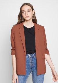 Soaked in Luxury - SHIRLEY - Short coat - marsala - 0