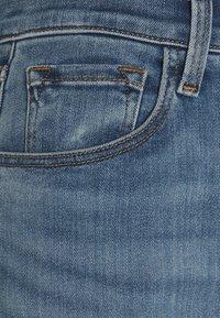 J Brand - FRANKY HIGH RISE CROP BOOT - Straight leg jeans - earthen - 2