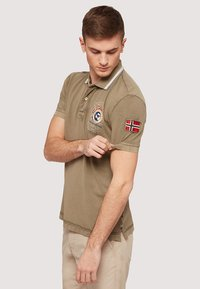 Napapijri - GANDY - Polo shirt - khaki - 3