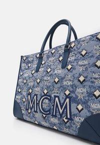 MCM - VINTAGE TOTE LARGE SET UNISEX - Handbag - blue - 4