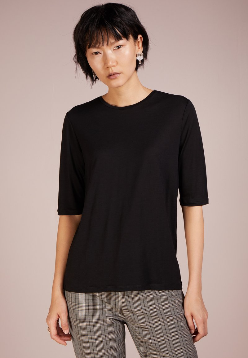 Filippa K - TENCEL ELBOW SLEEVE - Jednoduché triko - black