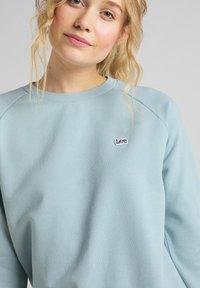 Lee - Sweatshirts - faded blue - 4