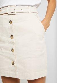 NA-KD - BELTED SKIRT - Mini skirt - sand - 4