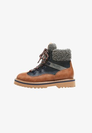 LEIA TREK BOYS - Lace-up ankle boots - tabaco