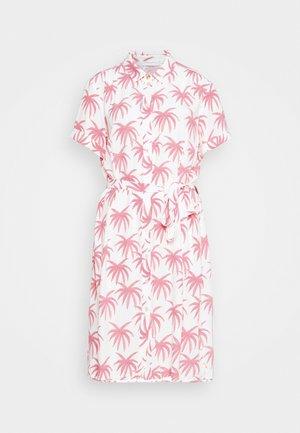 BOYFRIEND CARA DRESS - Shirt dress - white/pink