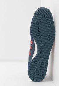 adidas Originals - Zapatillas - blue/red/tech indigo - 4