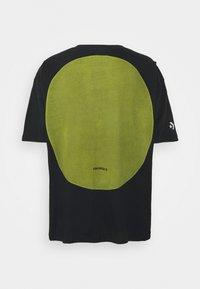 Converse - SHAPES GRAPHIC BOX TEE UNISEX - Print T-shirt - black - 1