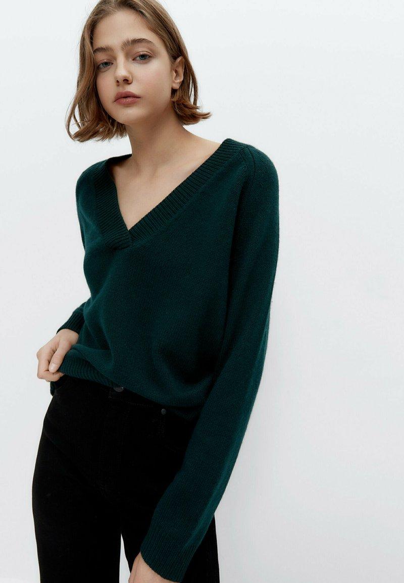Uterqüe - Jumper - green