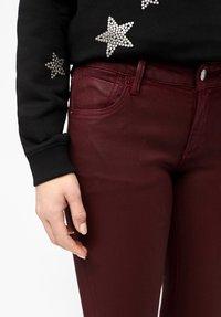 s.Oliver - Jeans Skinny Fit - burgundy - 3