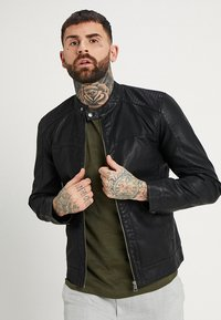 Only & Sons - ONSMIKE RACER JACKET - Giacca in similpelle - black - 0