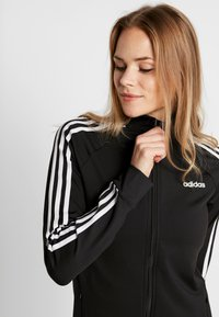 adidas Performance - 3STRIPES DESIGNED2MOVE SPORT TRACK TOP - Chaqueta de entrenamiento - black/white - 3